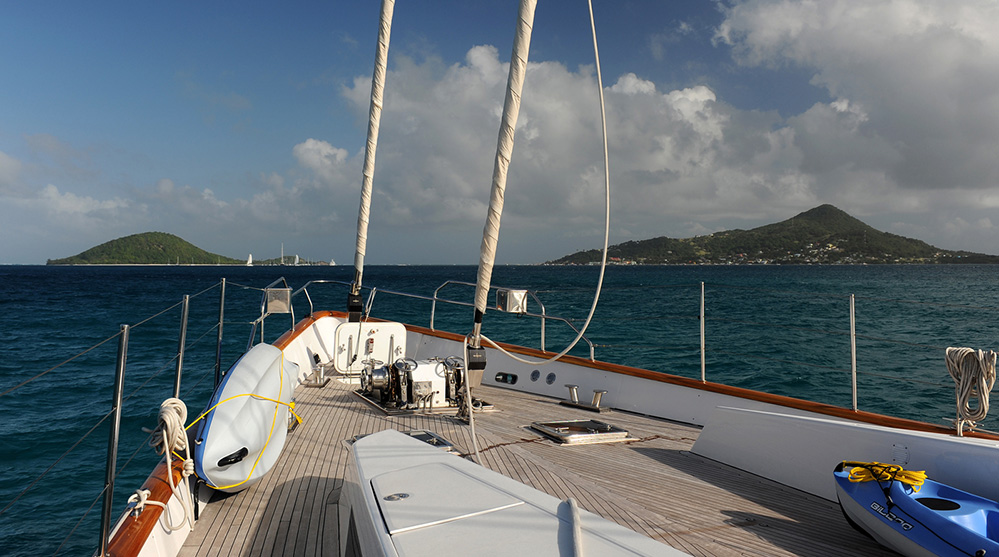 St Vincent and the Grenadines Yacht Approaching PSV and PM