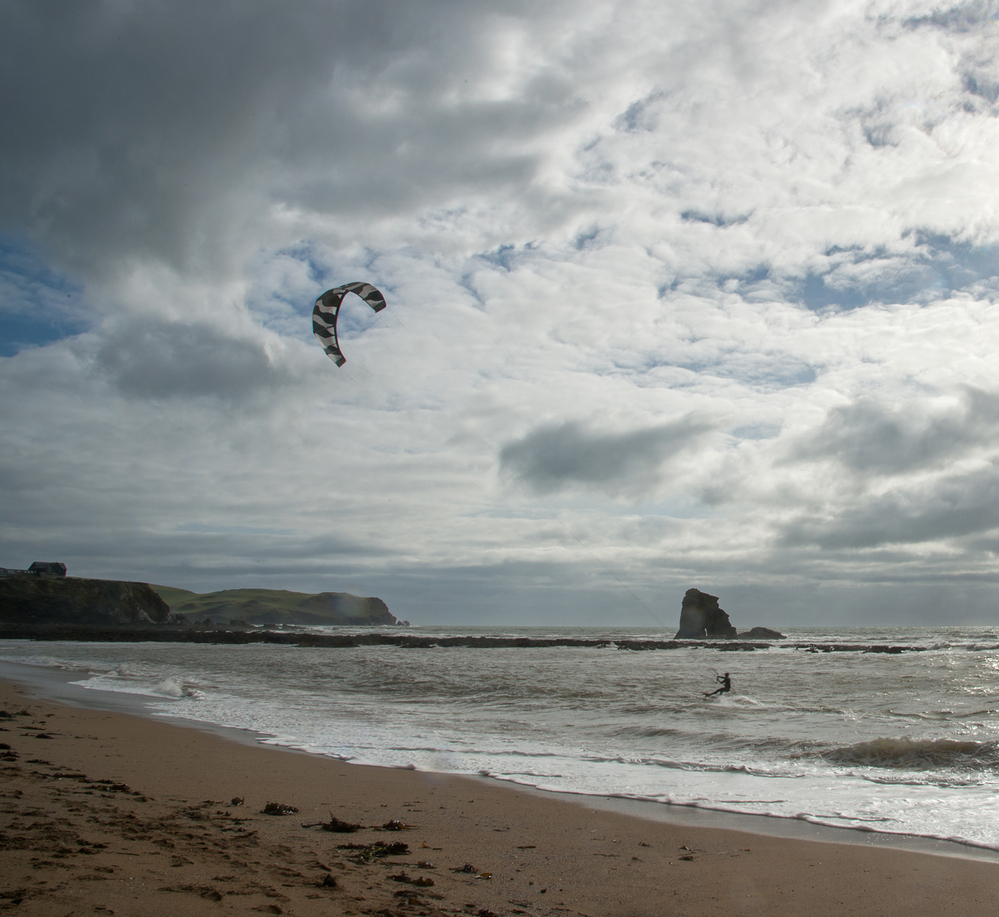 Paraglider at Thurlestone 1