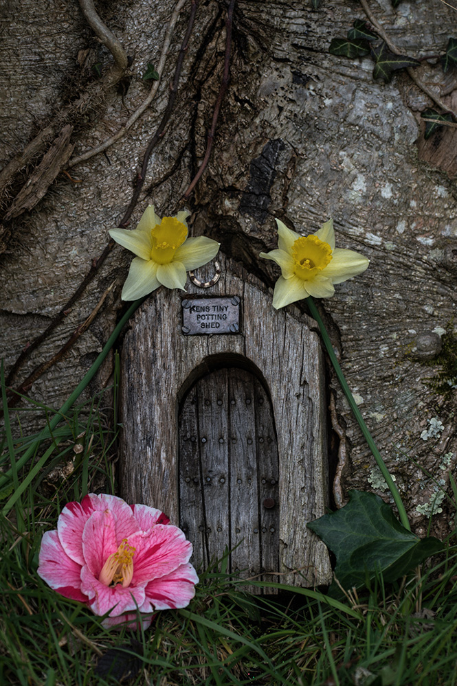 Furzey Gardens New Forest Fairy Door 'Kens Tiny Potting Shed'