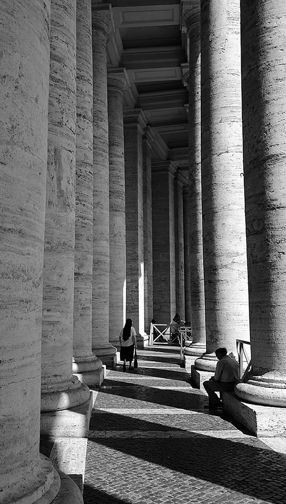 Colonnade, Rome