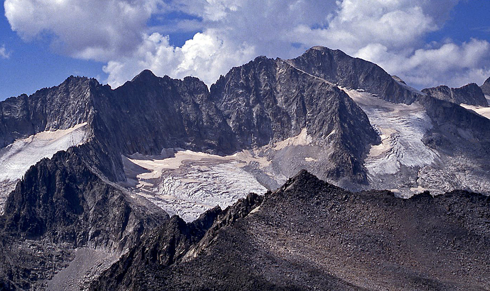 Pico de Aneto, Spanish Pyrenees