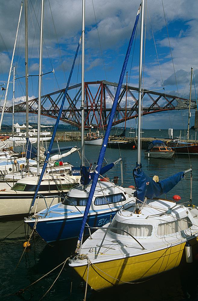 Yachts and the Forth Rail Bridge